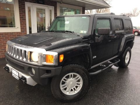 Pre-Owned 2009 Hummer H3 Base 4WD
