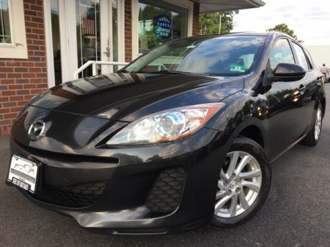 Pre-Owned 2012 Mazda3 i Grand Touring FWD 4D Hatchback