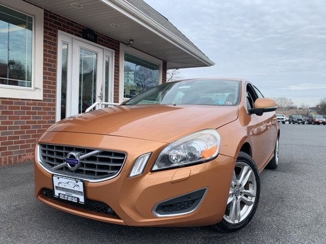 Pre-Owned 2011 Volvo S60 T6